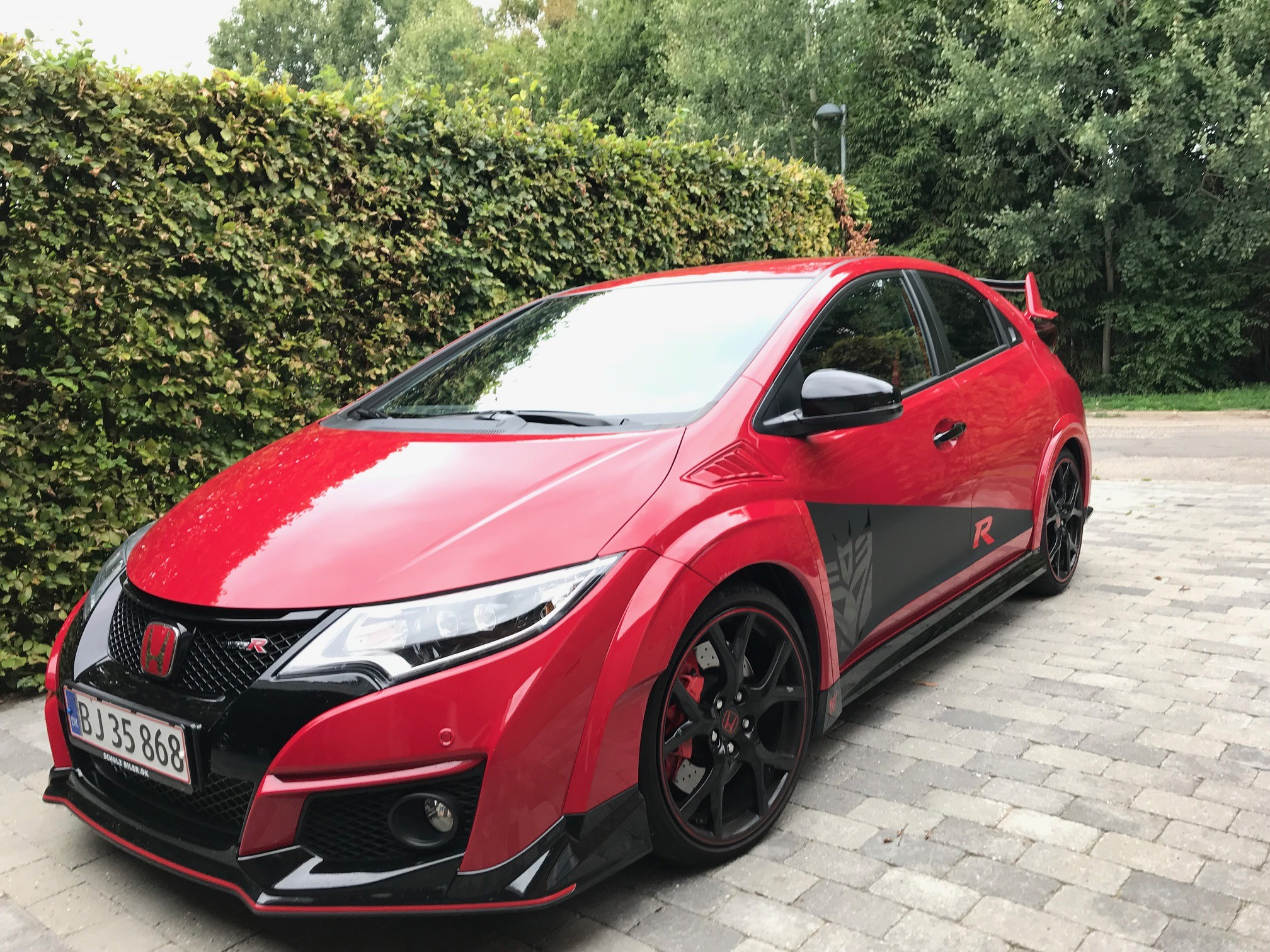 Civic Type R foran